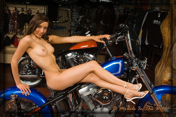 Antima: Naked Motorcycle Shopping